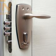 Покупка металлической двери
